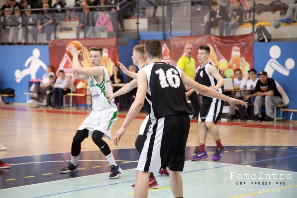 Półfinał Mistrzostw polski koszykówka mężczyzn U18 fot2