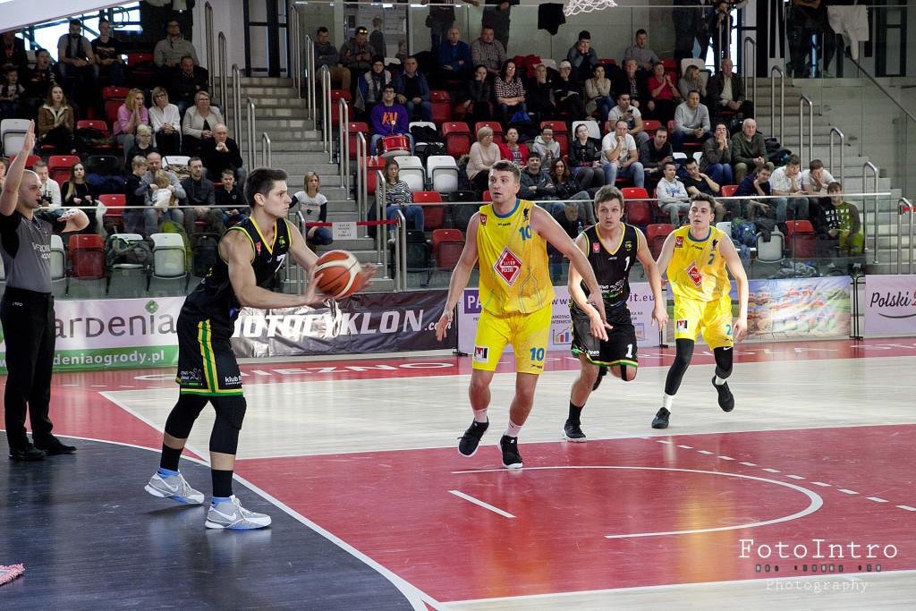 2019_02_124 SP MKK Gniezno - Tarnovia Basket Tarnowo Podgórne_20